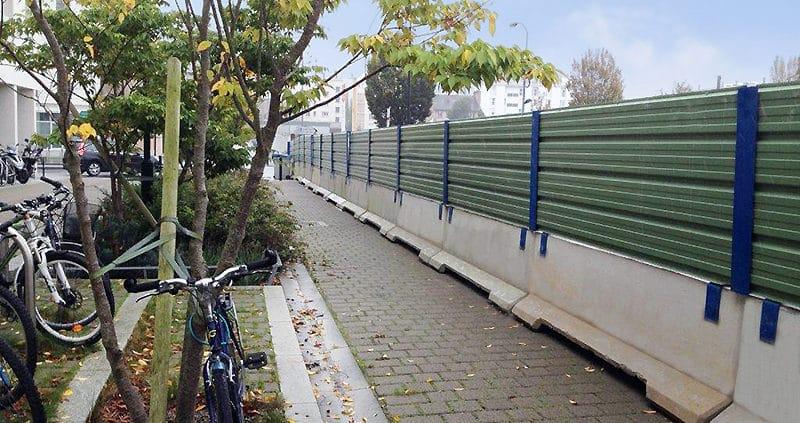 Barrière de sécurité KLOSTAB - Obstruction temporaire d'un terrain public à Nantes (44)