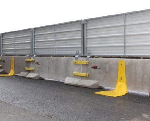 Sécurité complémentaire pour clôtures KLOSTAB